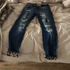 Super cute jeans!